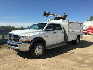**REDUCED PRICE** 2011 Dodge Ram 5500 SLT Service body/crane