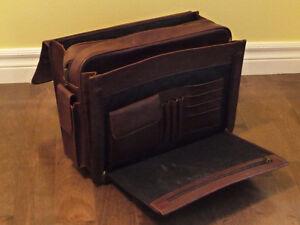 Porte-documents en cuir Saint-Hyacinthe Québec image 2