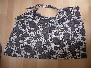 Boobie Trapper nursing cover, like NEW condition