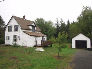 3 BEDROOMS LOCATED 15 MINUTES FROM BRIDGEWATER 2+ACRES