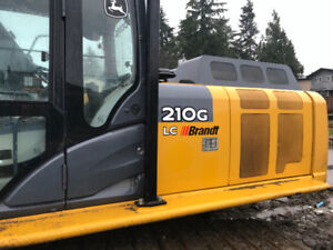 Excavator 210G-only 1050 hours..contact:-1604-765-2316