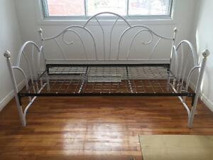 Day-bed frame