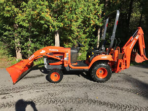 Kubota BX25 tractor, loader, backhoe with snowblower attachment