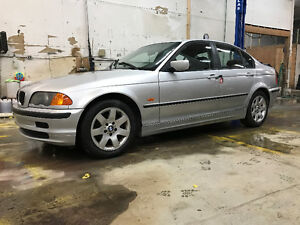 BMW 323 1999+LUXE+ABORDABLE+SPORTIVE+WOW