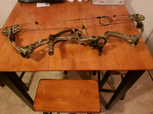 PARKER INTERCEPTOR XP COMPOUND BOW