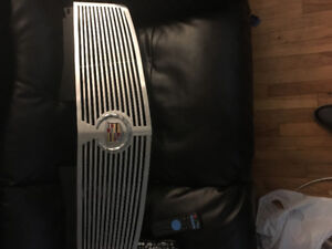 Cadillac CTS grill 03-07