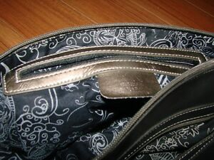Purses - 3 to choose from Kitchener / Waterloo Kitchener Area image 4