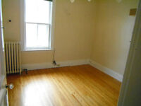 Economical room for rent-showings tonight 7pm