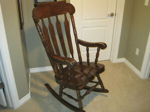 Heavy Duty Solid Wood Rocking Chair