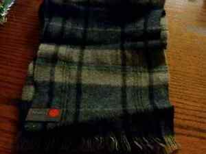 MEN'S CASHMERE TYPE SCARVES