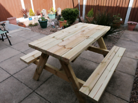Adults Premium quality heavy duty picnic bench garden table