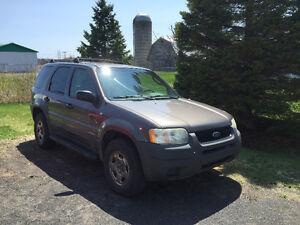 2002 Ford Escape XLS VUS 4x4
