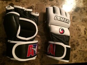 Combat Boxing/Kickboxing Gloves Strathcona County Edmonton Area image 2