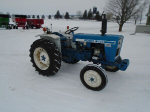 Ford 1600 Tractor 23 HP,Wegths,1 Rear SCV, Clean Nice !!