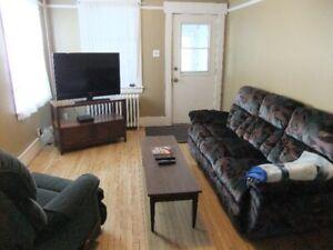 Heat, WiFi, Sat. T.V., W/D, F/S, Furniture Incl. 2 Bdr + Den Apt