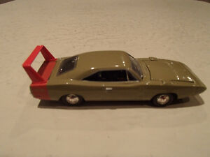 '69 DODGE CHARGER DAYTONA AMERICAN MUSCLE ERTL COLLECTIBLES DIE