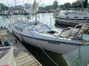 1987  Macgreggor 25 sailboat - $4000   (Hamilton)