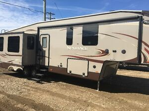 2014 sundance fifth wheel 3270res