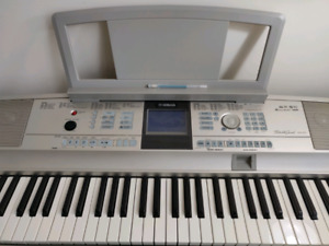 Yamaha Dgx | Buy or Sell Used Pianos & Keyboards in Ontario