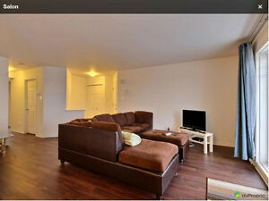 $1280/mth - 1200 sf - 2 bedroom New Condo for Rent (Vaudreuil) West Island Greater Montréal image 3