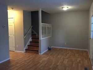 Newly furnished Condo for Rent - Great location