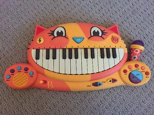 B Cat Piano