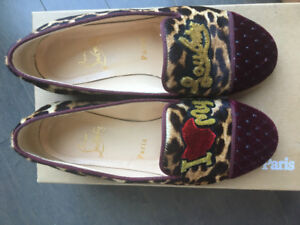 LOUBOUTIN FLATS ´LOVE' IMPECCABLE CONDITION (WORN 1 TIME)