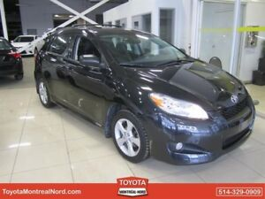Toyota Matrix Touring Gr.Electric + Toit 2013