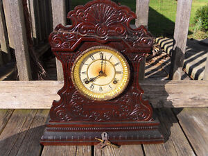 Antique Waterbury Mantel Clock (Key)