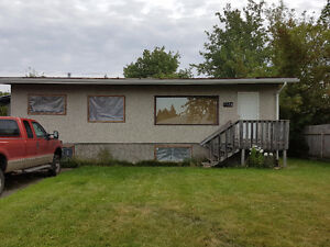 3 bedrooms available Prince George British Columbia image 1
