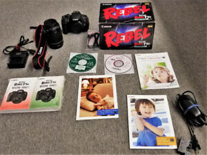 Canon Rebel - T5i -  18-135-STM Kit + Continuous Power Accessory