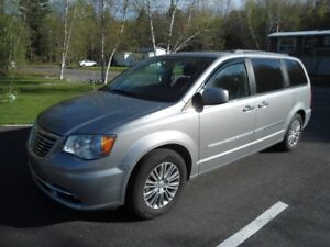 Chrysler Town and Country 2014