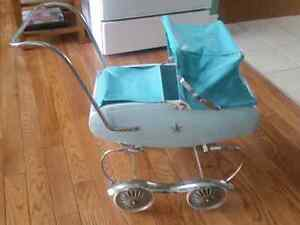 Toy carriage,  Lloyd, Orillia-Canada (late 1960s early 1970s)