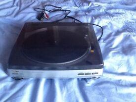 AIWA Stereo Turntable PX-e860