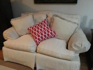 Thomasville couches for sale in good condition