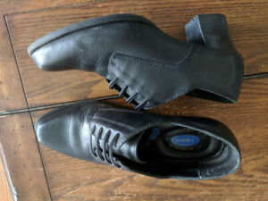 Leather Dr. Scholl- Size 8