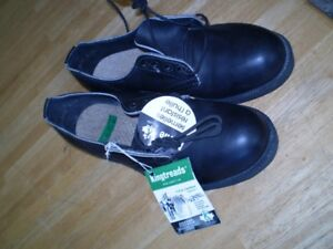 Safety Shoes Steel Toe - New - never Worn - Size 8 Men's