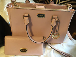Michael Kors Purse and Wallet for Sale