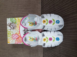 Brand new never used Rachel shoes for girls size 10 for sale