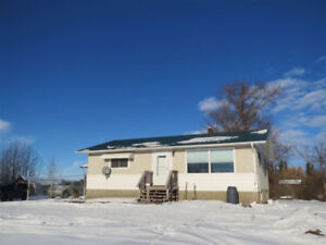 BUNGALOW FOR SALE IN LAMONT 4.37 ACRES