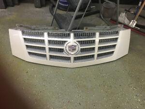 2007 to 2013 Cadillac Escalade grill