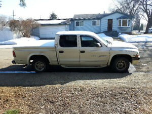 2000 Dodge Dakota Pickup Truck