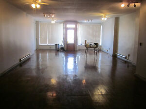 Very large open concept loft (1250+ sq.ft.) on University W.