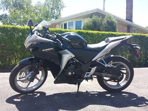 """2012 Honda CBR250R ABS for sale!*"""
