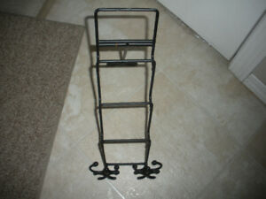 VINTAGE BLACK WROUGHT IRON COUNTER TOP PLATE RACK