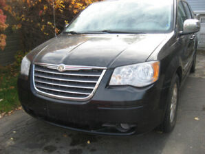 2008 Plymouth Voyager Fourgonnette, fourgon