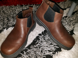 Timberlands Dress Boots size 8