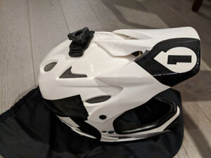 661 Comp Full Face down hill MTB Helmet Large - new