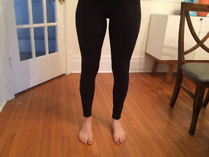 Lululemon yoga/ workout cool pants-worn once