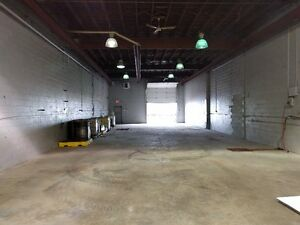 Great frontage- Office/Warehouse with fenced compound Regina Regina Area image 5